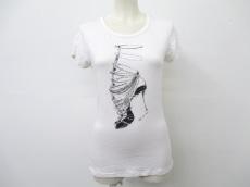 THE FIRST(ザファースト)のTシャツ