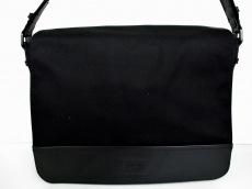 ARMANICOLLEZIONI(アルマーニコレッツォーニ)のショルダーバッグ