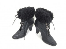 LILI(リリ)のブーツ