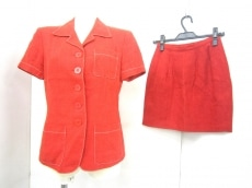 DKNY(ダナキャラン)のスカートスーツ