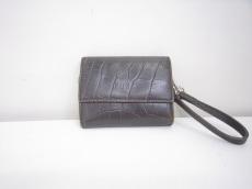 FOXEY(フォクシー)の3つ折り財布