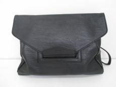 GYDA(ジェイダ)のセカンドバッグ