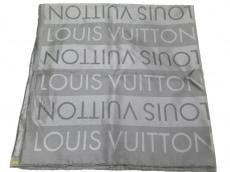 LOUIS VUITTON(ルイヴィトン)のスカーフ