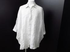 L'SULLY(ルスリー)のシャツ