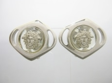 GIANNIVERSACE(ジャンニヴェルサーチ)のイヤリング