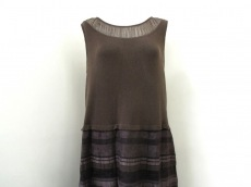 Leilian(レリアン)のドレス