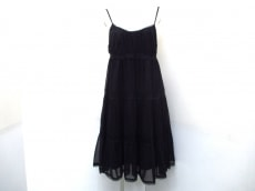 Apuweiser-riche(アプワイザーリッシェ)のドレス