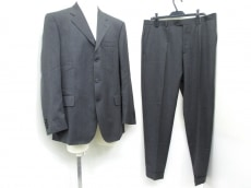 SalvatoreFerragamo(サルバトーレフェラガモ)のメンズスーツ