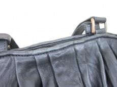 ARISTOLASIA(アリストラジア)のトートバッグ