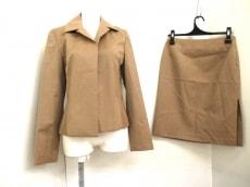BODY DRESSING Deluxe(ボディドレッシングデラックス)のスカートスーツ