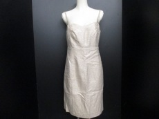 COMPTOIR DES COTONNIERS(コントワーデコトニエ)のドレス