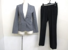 Le souk(ルスーク)のレディースパンツスーツ