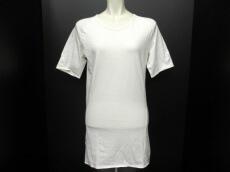 Lumen et Umbra(ルーメンエットウンブラ)のTシャツ