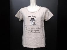 Tiara(ティアラ)のTシャツ