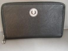 FRED PERRY(フレッドペリー)の長財布