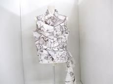 lapine blanche(ラピーヌブランシュ)のシャツブラウス