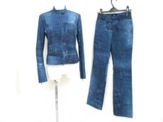 bajra(バジュラ)のレディースパンツスーツ