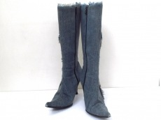 GRACE CONTINENTAL(グレースコンチネンタル)のブーツ