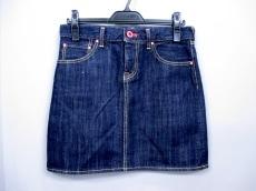 CUNE(キューン)のスカート