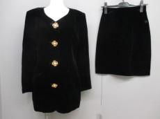 CEST LAVIE(セラヴィ)のスカートスーツ