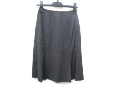 miumiu(ミュウミュウ)のスカート