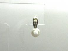 ete(エテ)のイヤリング