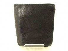 Creed(クリード)の2つ折り財布