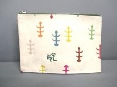 一澤信三郎帆布(イチザワシンザブロウハンプ)のポーチ