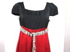 L'SULLY(ルスリー)のドレス