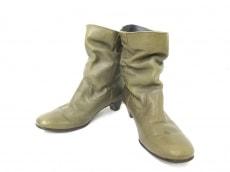 PRET-A PORTER(プレタポルテ)のブーツ