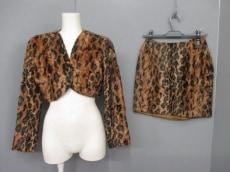 NORMA KAMALI(ノーマカマリ)のスカートスーツ