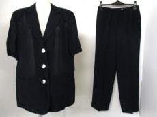 lapine rouge(ラピーヌルージュ)のレディースパンツスーツ