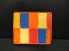 TRION(トライオン)の2つ折り財布