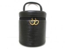 HANAE MORI(ハナエモリ)のバニティバッグ
