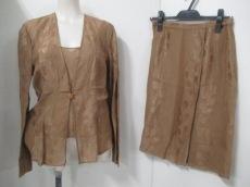 GIORGIOARMANI(ジョルジオアルマーニ)のスカートセットアップ
