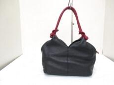 PIACERE(ピアチェーレ)のハンドバッグ