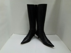 Anya Hindmarch(アニヤハインドマーチ)のブーツ