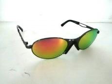Adabat(アダバット)のサングラス