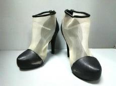 Miia(ミーア)のブーツ