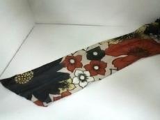 KEITA MARUYAMA(ケイタマルヤマ)のスカーフ