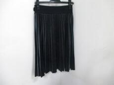 SILENT(サイレント)のスカート