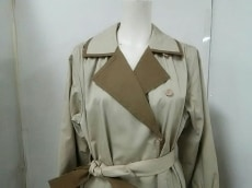 YvesSaintLaurent(イヴサンローラン)のコート