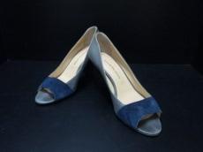 around the shoes(アラウンドザシューズ)のパンプス
