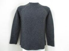 ARMANICOLLEZIONI(アルマーニコレッツォーニ)のセーター