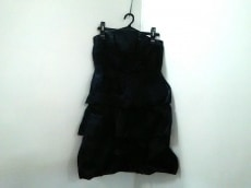 MAX&CO.(マックス&コー)のドレス