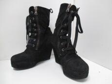 CINZIA ARAIA(チンツィアアライア)のブーツ