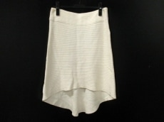 intoca.(イントゥーカ)のスカート