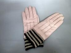 Buscarlet(ビュスカレット)の手袋