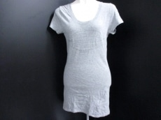 Bouvardia(ブバルディア)のTシャツ