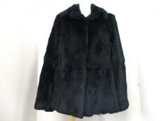 YX(ワイクロス)のコート